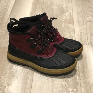 Nike Shoes - Nike ACG Woodside Chukka II waterproof boot